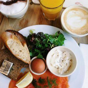 LIFESTYLE  Throwback naar dit lekkere ontbijtje! breakfast eggshellip