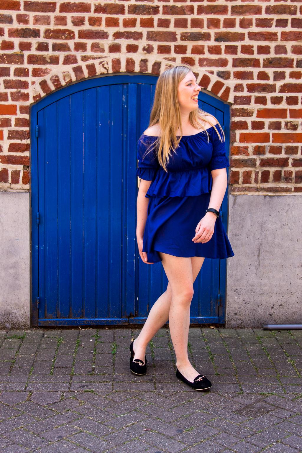 Blauw jurkje van NA-KD