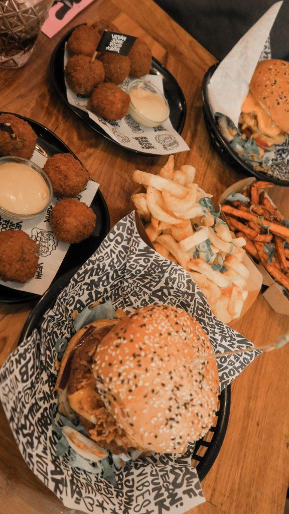 rotterdam Vegan Junk Food Bar